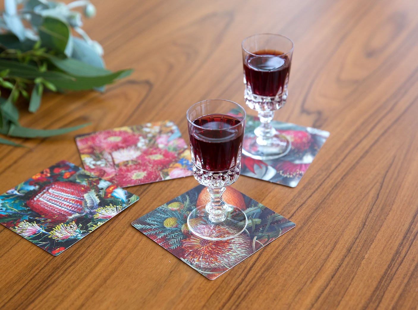 crimson-tableware-2